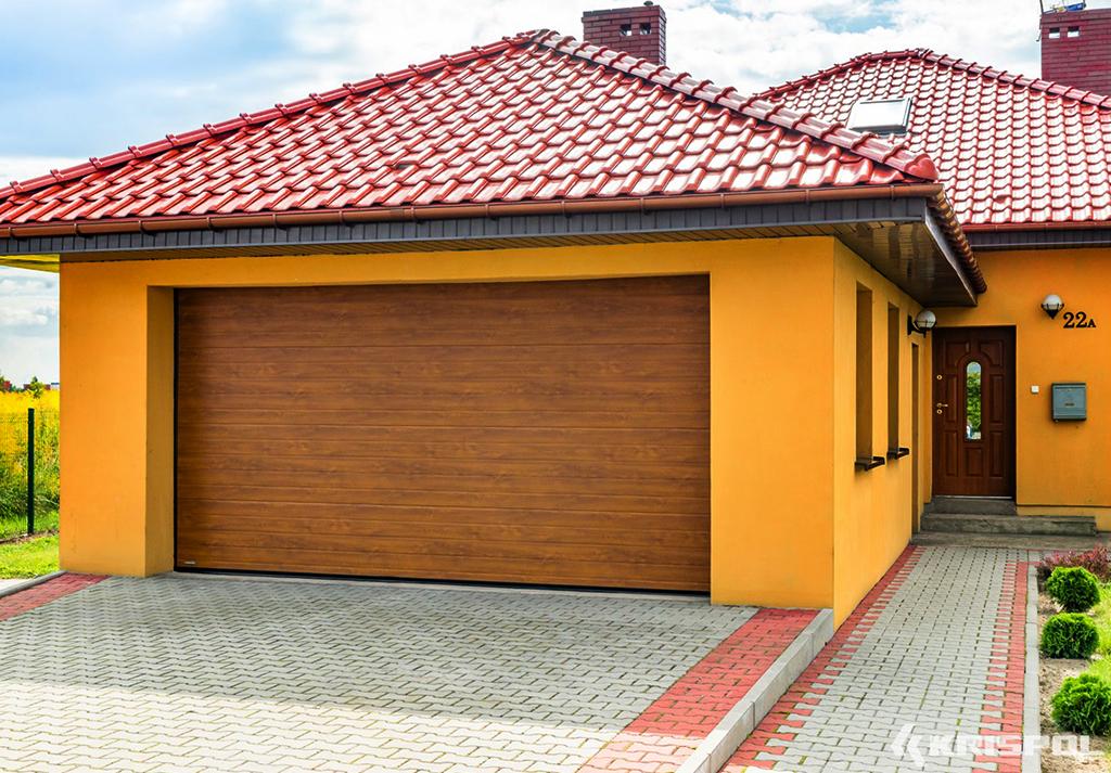brama garażowa jasny brąz