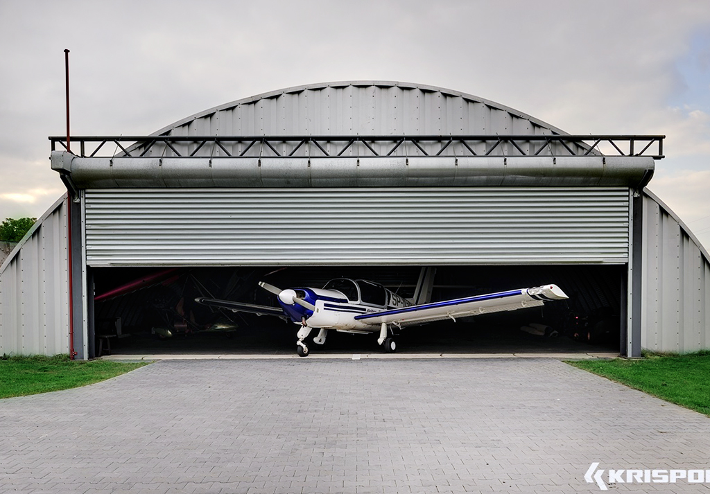 brama rolowana lotnisko